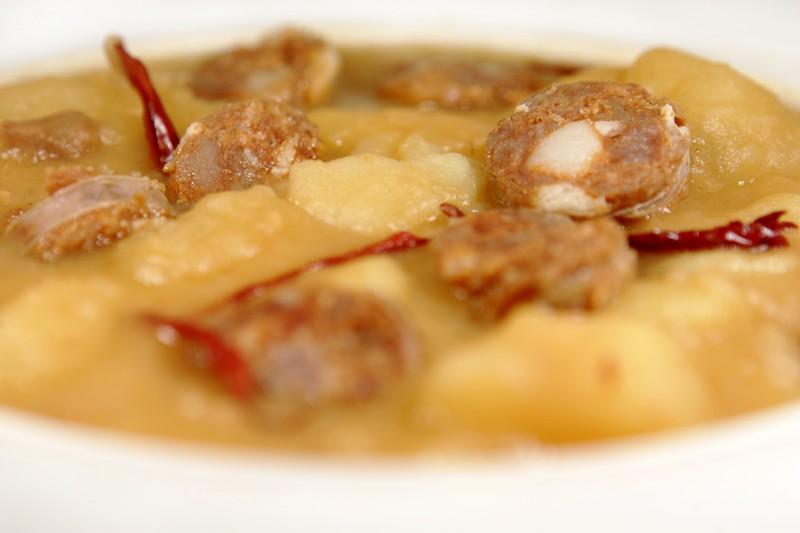 Patatas con chorizo riojano for Corzo con patatas